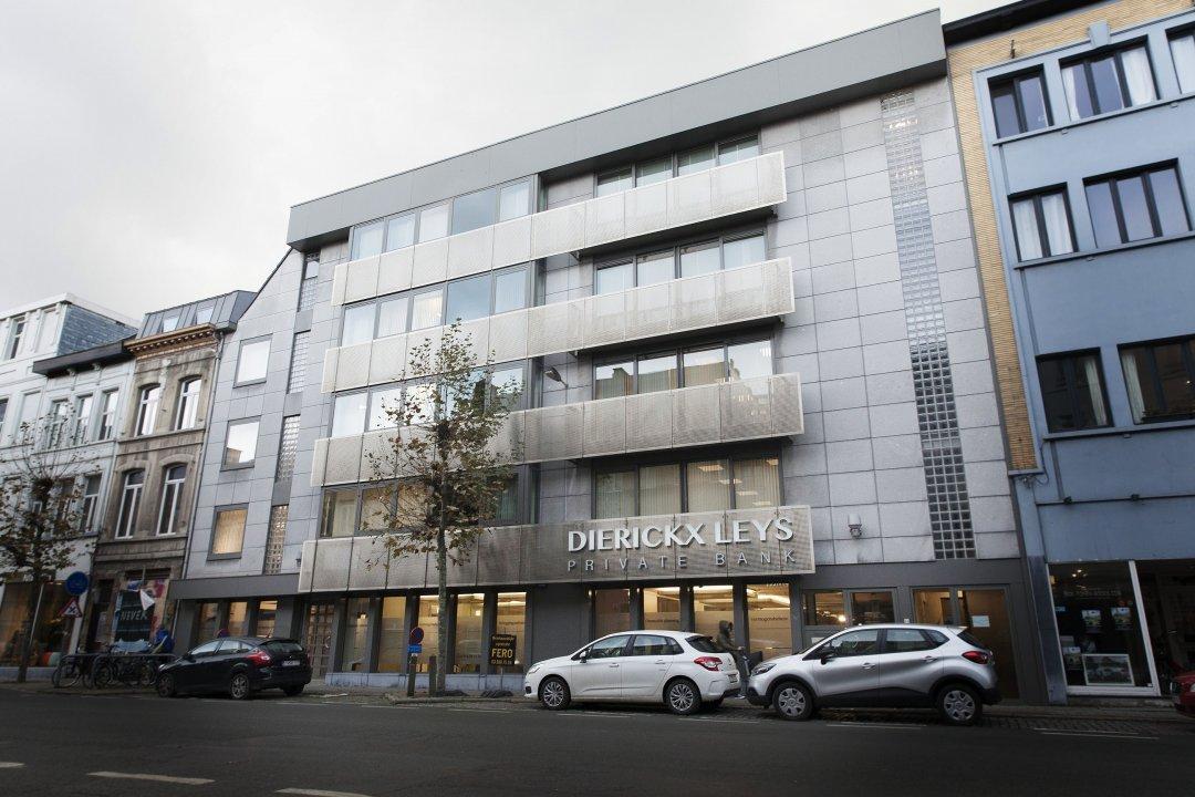 Kantoor Antwerpen 4 half size